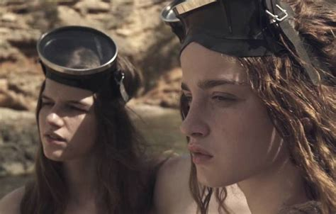 Pearl Divers | NOWNESS