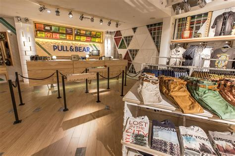 Pull and Bear - A-CON AG
