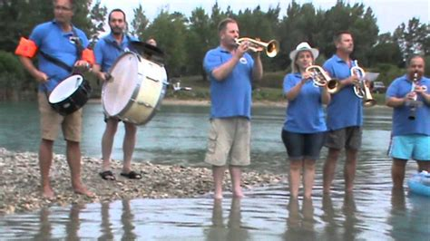 Cold water challenge 2014 Musikverein Haringsee - YouTube