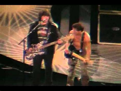 VAN HALEN - pretty woman (live 2007) - YouTube