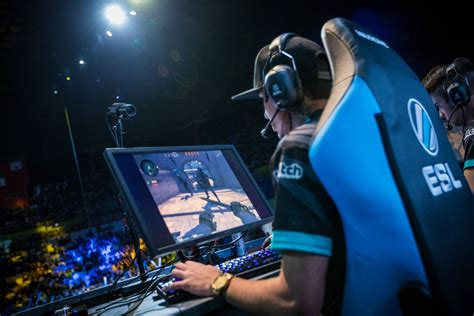 Pro CS:GO players issue open letter, challenge integrity