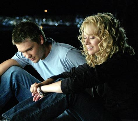 Lucas Scott and Peyton Sawyer   Best TV Couples of All