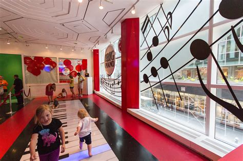 FAO Schwarz Is Returning To New York City And So Is The