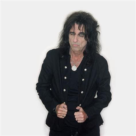 It's A Man's World: Alice Cooper | Daily Mail Online