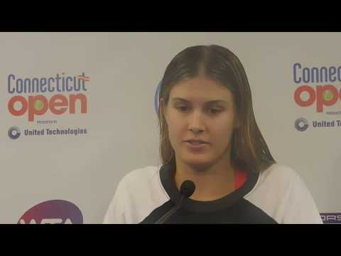 Genie Bouchard pays off Super Bowl LI bet with date at