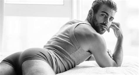 Nyle DiMarco height, weight, age