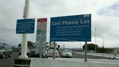 SFO Airport Cell Phone Waiting Lot - Parking - San