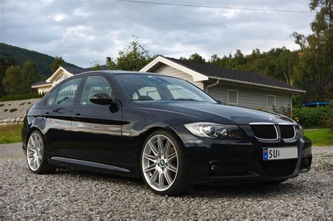 Where are all the E90 carbon-black BMW's??