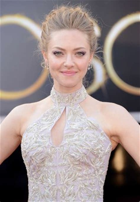 Amanda Seyfried Body Measurements Bra Size Height Weight