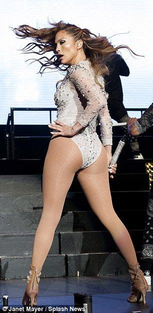 Jennifer Lopez puts her famous assets on display in